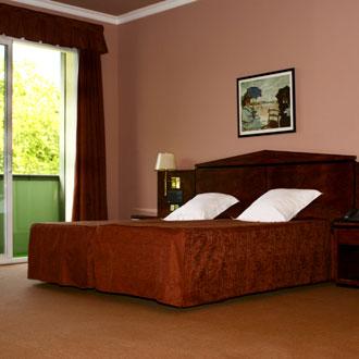 Absolut Gerona Hotel Mirallac En Banyoles